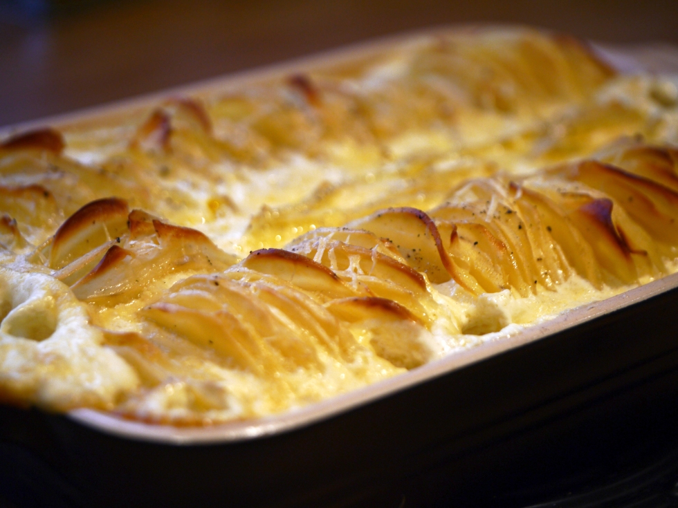Hasselback dauphinoise potatoes 10 | butterwouldntmelt.com
