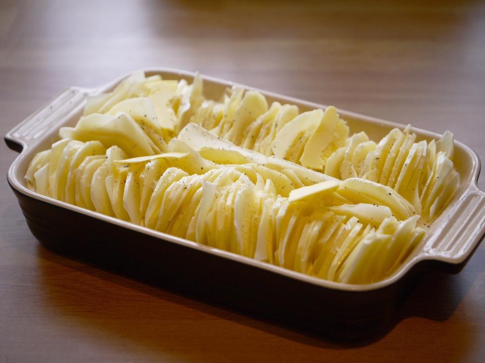 Hasselback dauphinoise potatoes 5 | butterwouldntmelt.com