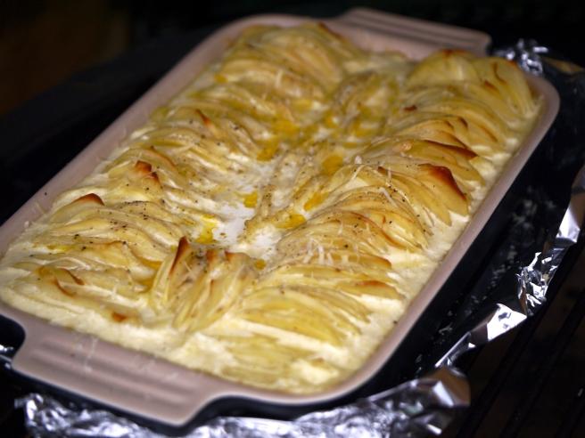Hasselback dauphinoise potatoes 8 | butterwouldntmelt.com