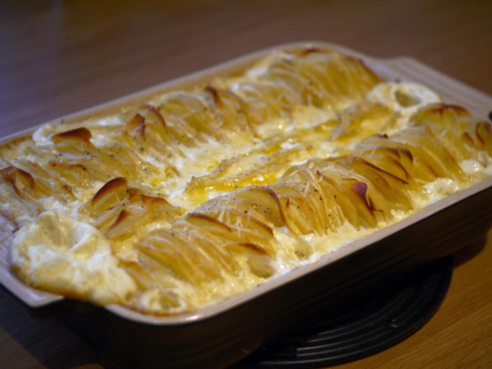 Hasselback dauphinoise potatoes 9 | butterwouldntmelt.com