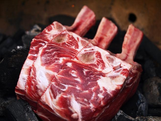 rib-of-beef-bone-in-prime-rib-5-butterwouldntmelt-com