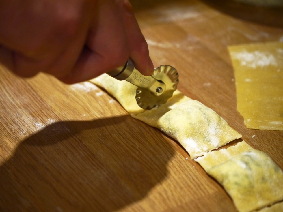 spinach-ricotta-and-pine-nut-ravioli-30-butterwouldntmelt-com