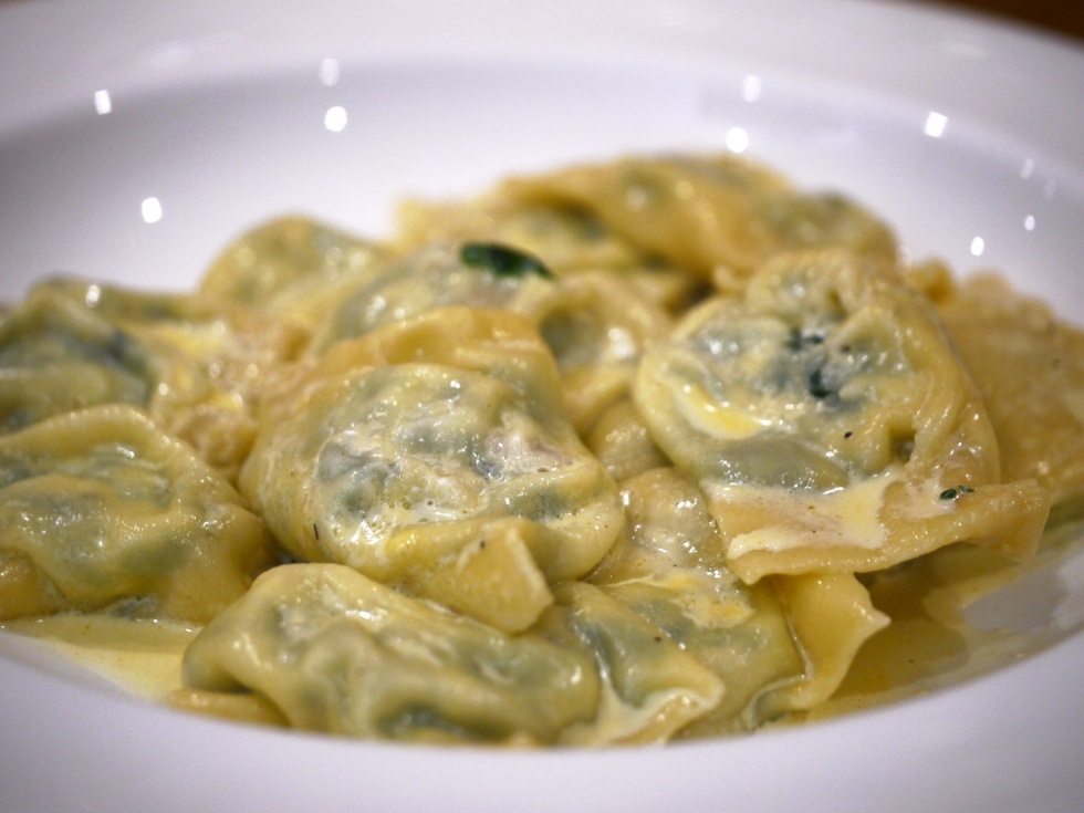 spinach-ricotta-and-pine-nut-ravioli-35-butterwouldntmelt-com