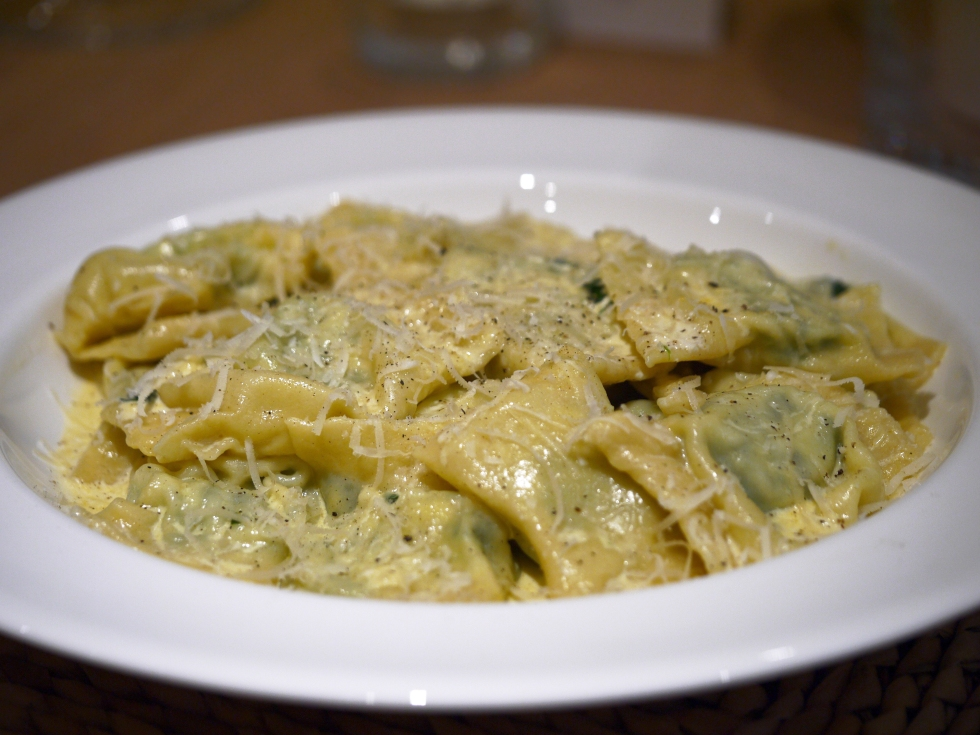 spinach-ricotta-and-pine-nut-ravioli-37-butterwouldntmelt-com
