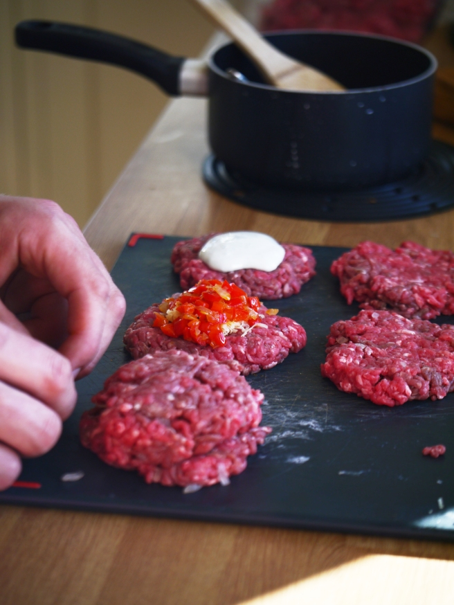 stuffed-burgers-10-butterwouldntmelt-com